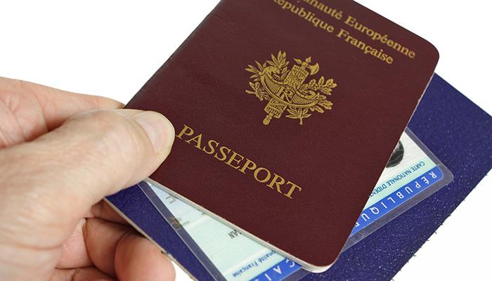 Passeport et papiers d'identité
